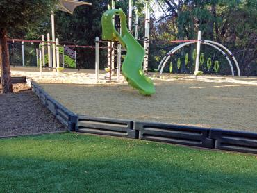 Artificial Grass Photos: Artificial Turf Gustine, California Indoor Playground, Recreational Areas