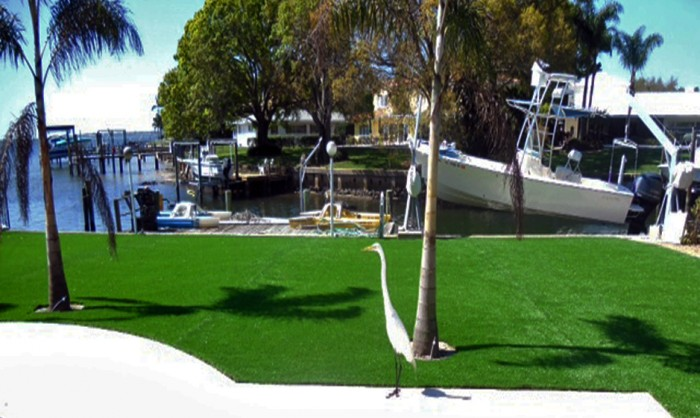 Artificial Grass for Commercial Applications in Merced